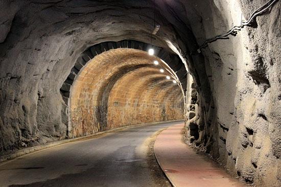 Túnel del Sobaco en la Vía Verde de Galdames. ¿Y el final?