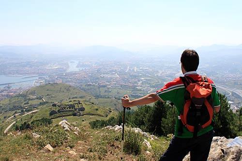 ¡Qué vistas desde la cima del Serantes, señores/as! ¡Canela fina!