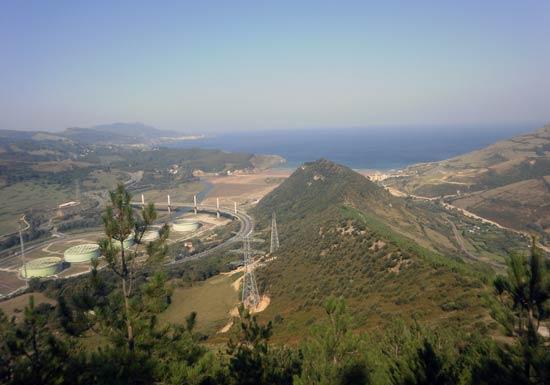 Vistas desde la cumbre del Montaño.