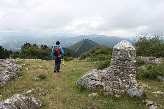 Desde la cima del Pagasarri ya vemos el Pastorekorta.