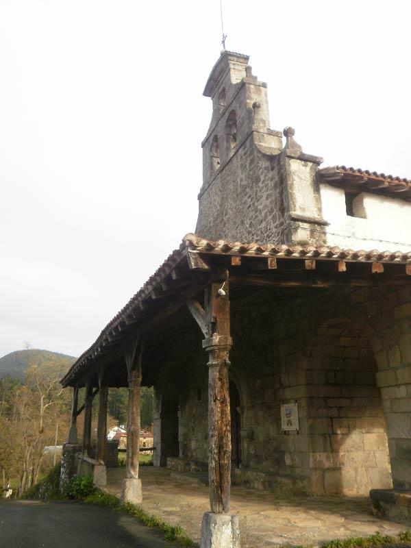 Zeberio, o lo que es lo mismo, arquitectura religiosa por doquier.