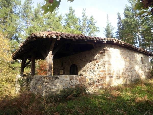 Nueva ermita y, como todas las anteriores, chulísima.