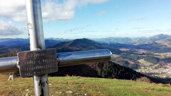 Vistas desde lo más alto del monte Kukutza o Elorritxugana.