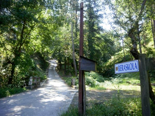 Comienza la ascensión al monte Beraskola.