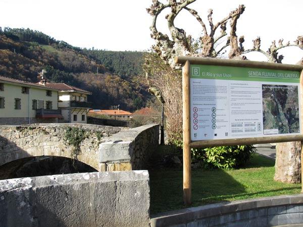 Lanestosa, con su puente viejo sobre el río Calera.