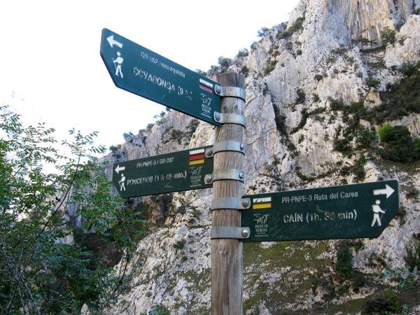 Caín, Poncebos y Covadonga. Todo controlado.